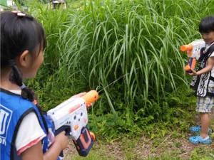 サバイバル水鉄砲。子供が絶対喜ぶやつですね(#^^#)