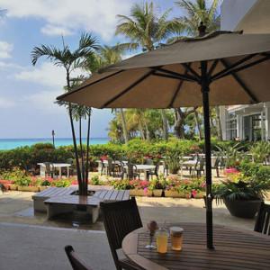ムーンビーチのボワールカフェ