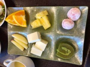 箕面観光ホテルの朝食バイキングのデザート