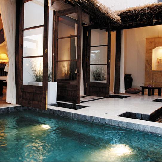 コルテラルゴの天然温泉プール