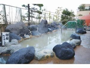 舞浜ユーラシアの源泉かけ流し露天風呂