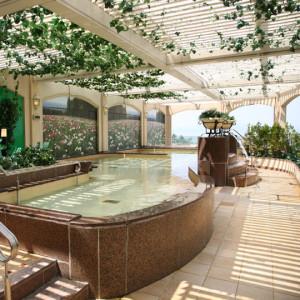 リステル猪苗代の温泉露天風呂