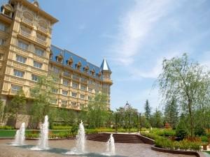 東京ディズニーランドホテルのシャーウッドガーデン