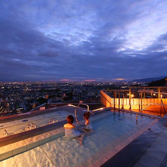 箕面観光ホテルの露天風呂