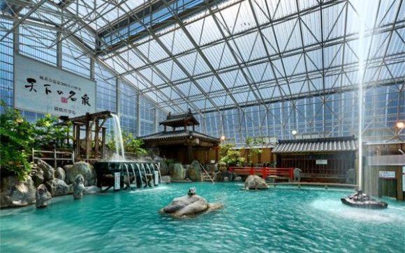 霧島ホテルの庭園大浴場2