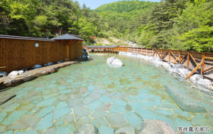 ホテルスパックスの近くの西の河原露天風呂