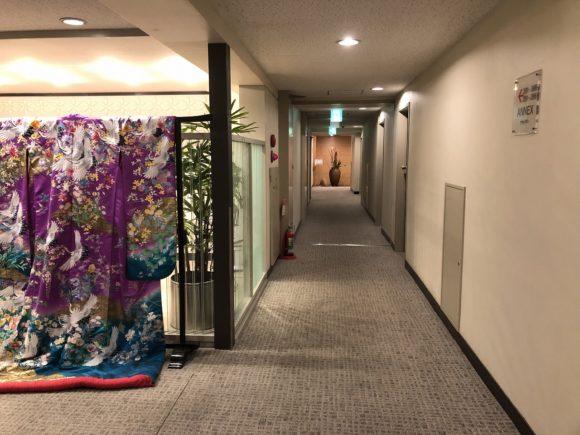 倉敷国際ホテルの本館廊下