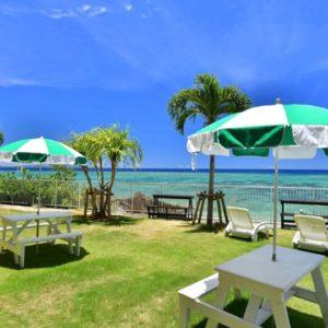 美ら海オンザビーチのテラス