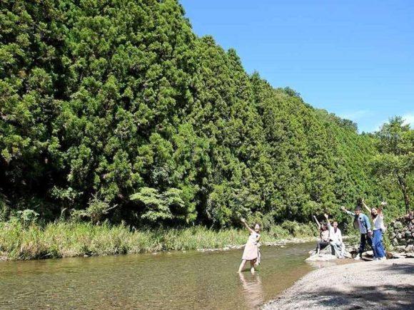 たまゆらの里の川遊び